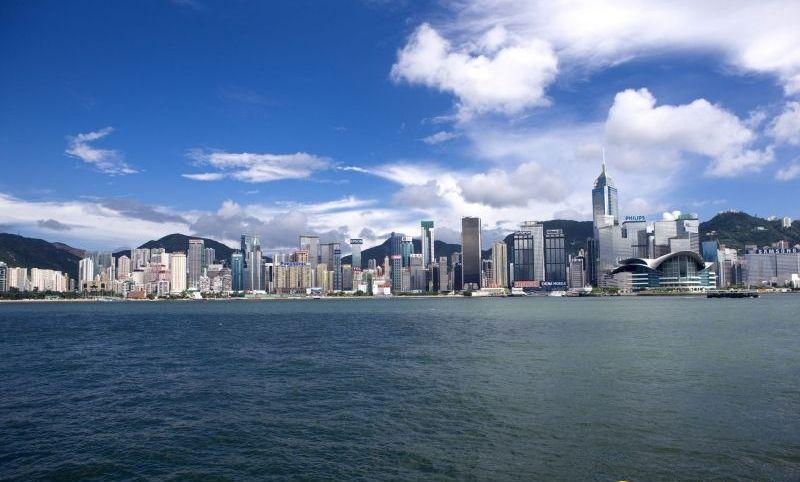 国际贸易形势严峻 香港航运货物吞吐量跌——中国