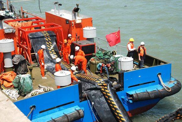 提升应急能力 保护海洋环境 漳州海事指导后石电厂煤码头开展溢油事故
