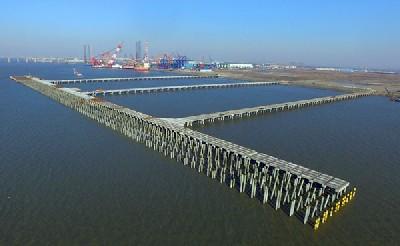 南通集装箱码头_南通通海港口有限公司