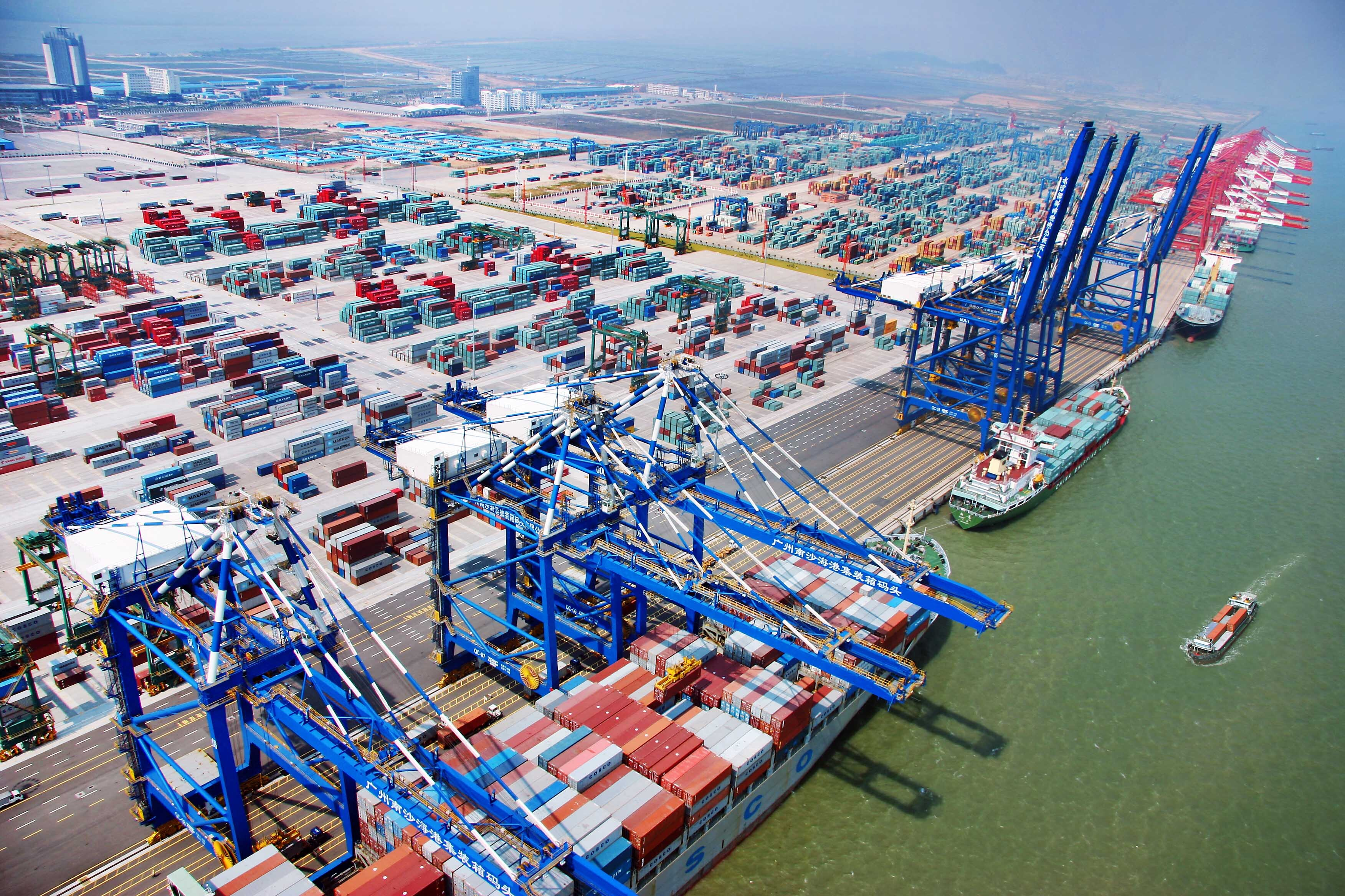 南沙自贸区打造国际航运贸易新高地