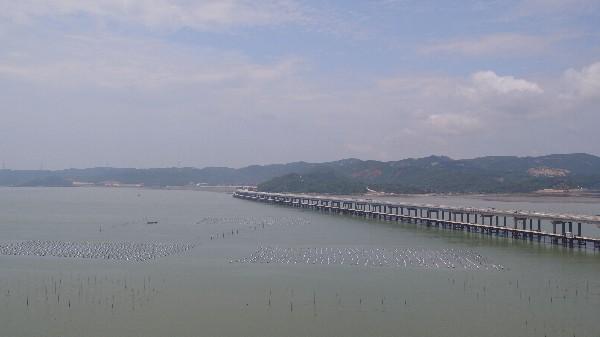 漳江湾特大桥及连接线工程全线顺利贯通