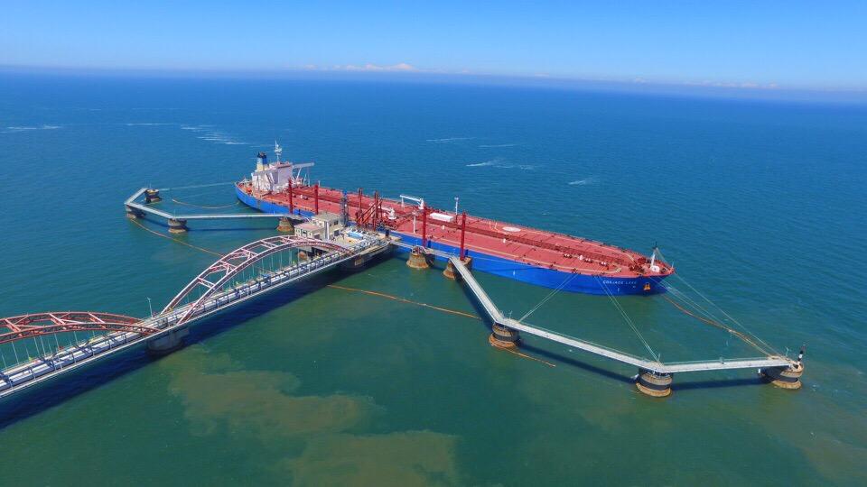下一步,大连港集团将着力开展长兴岛原油储罐至恒力石化的输油管线